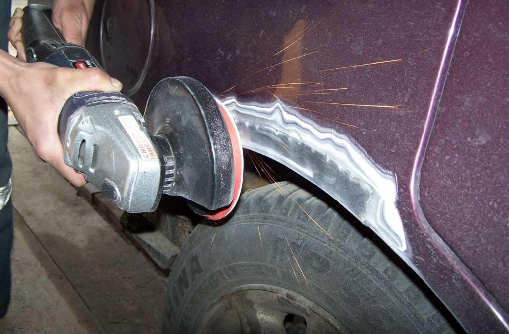 Как правильно шпаклевать автомобиль своими руками: учимся как наносить и какую наждачку использовать