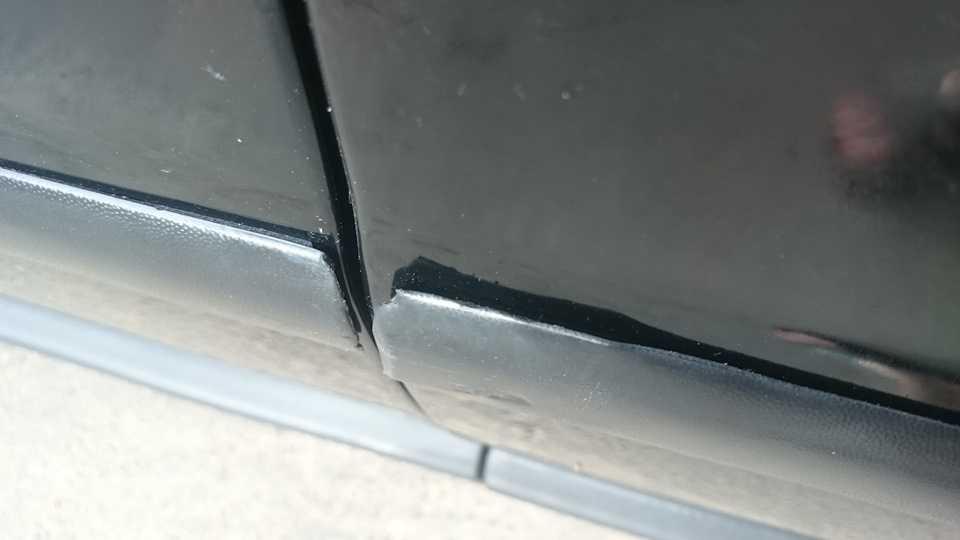 Как снять или установить молдинги на дверь автомобиля